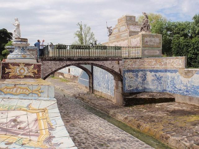 palacio-de-queluz-gran-canal-puente